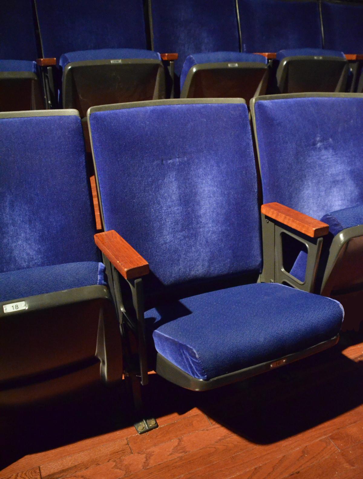 Seats - Chris